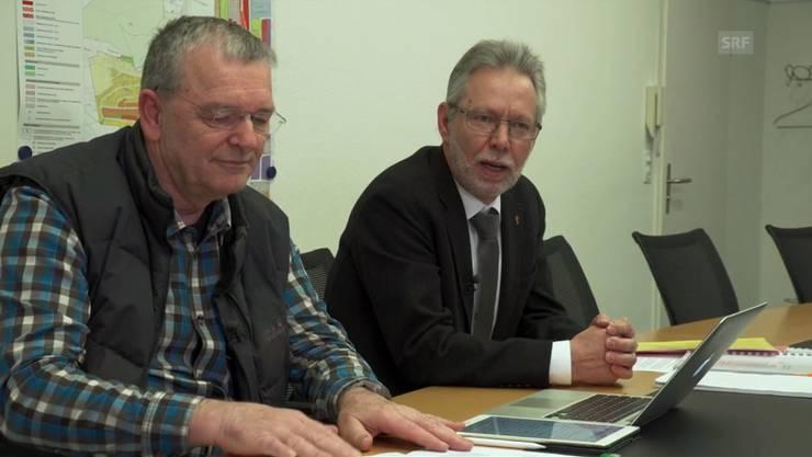Die Baselbieter SVP-Landräte Andi Trüssel und Peter Riebli (rechts) in der «DOK»-Sendung über Sozialhilfe.