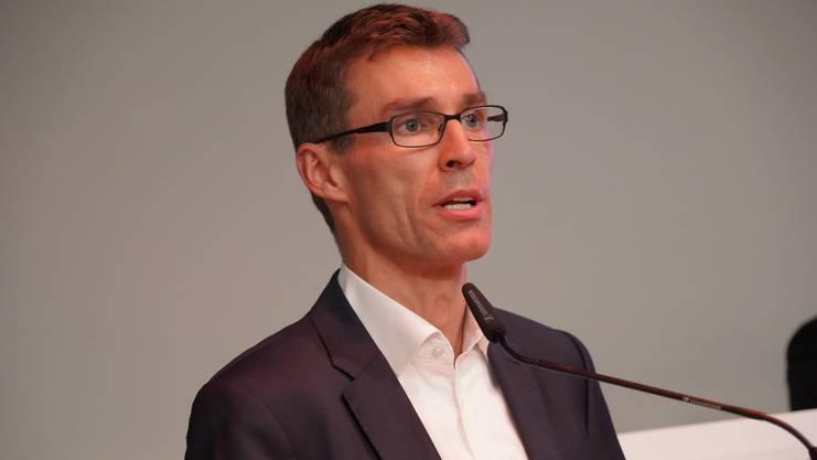 Aus dem fernen Aarau nach Bergdietikon gekommen: Der Aarauer alt Stadtrat, Präsident der FDP Aargau und Grossrat Lukas Pfisterer.