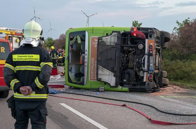 Eine Person kam bei dem Unfall ums Leben.
