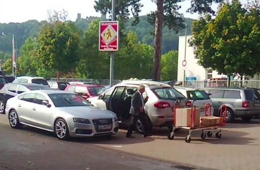 Einkaufstourismus-Verteufler Borer beim Shopping ennet der Grenze erwischt
