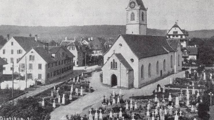 Eine Besonderheit stellt vor 100 Jahren die Simultankirche in Dietikon dar. Dort teilen sich Reformierte und Katholiken ein Gotteshaus. 1926 wird sie abgebrochen. Heute steht an dieser Stelle die St. Agatha.