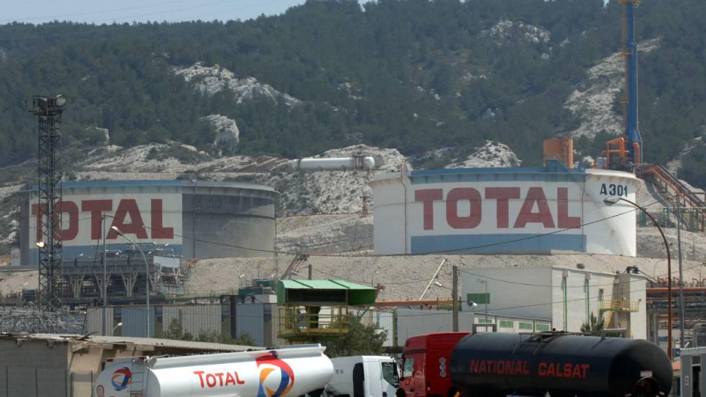 Ölkonzern Total macht Milliardenverlust wegen Ölpreis-Verfall