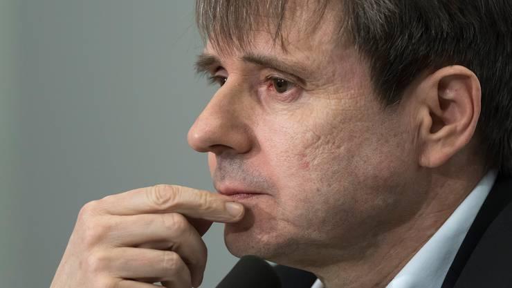 Bernhard Burgener braucht neue Geldgeber für den Verein wie für seine Firmen.