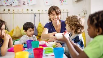 Bei der Umsetzung des kantonalen Kinderbetreuungsgesetzes in den Gemeinden herrscht Wildwuchs.