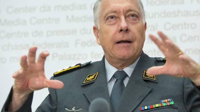 Unter Druck: Armeechef André Blattmann. (Archiv)