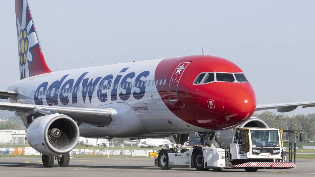 Flugzeug platzen beim Start drei Reifen