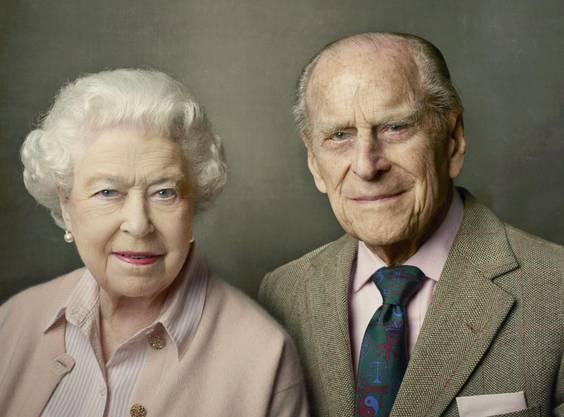 Elizabeth II. und ihr Mann Prinz Philip im Juni 2016: Pünktlich zu den Feiern zum 90. Geburtstag der Queen wird dieses Bild von der US-Starfotografin Annie Leibovitz aufgenommen.