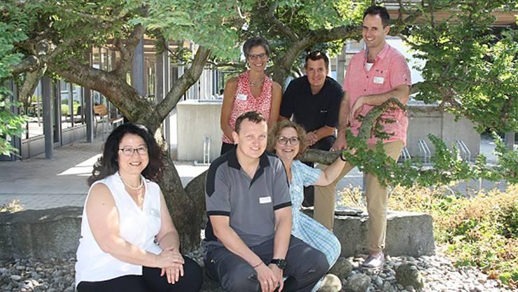 Das Kader: Bernadette Flükiger, Yannick Kohler, Oliver Stöckli (hinten), Renata Muff, André Bärtschi und Hilke Studer (v. l.)