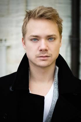 Verkörpert wird Bruno Manser durch den 28-jährigen Basler Schauspieler Sven Schelker, der für seine Rolle in «Der Kreis» 2015 an der Berlinale und mit dem Schweizer Filmpreis ausgezeichnet wurde und auch bei der US-Fernsehserie «Homeland» mitwirkte.