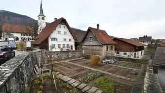 Das erste, sogenannte Gäuerhaus ist der Pflugerhof in Oensingen. Er wurde 1604 erbaut und seither im Aussenbereich nicht verändert.