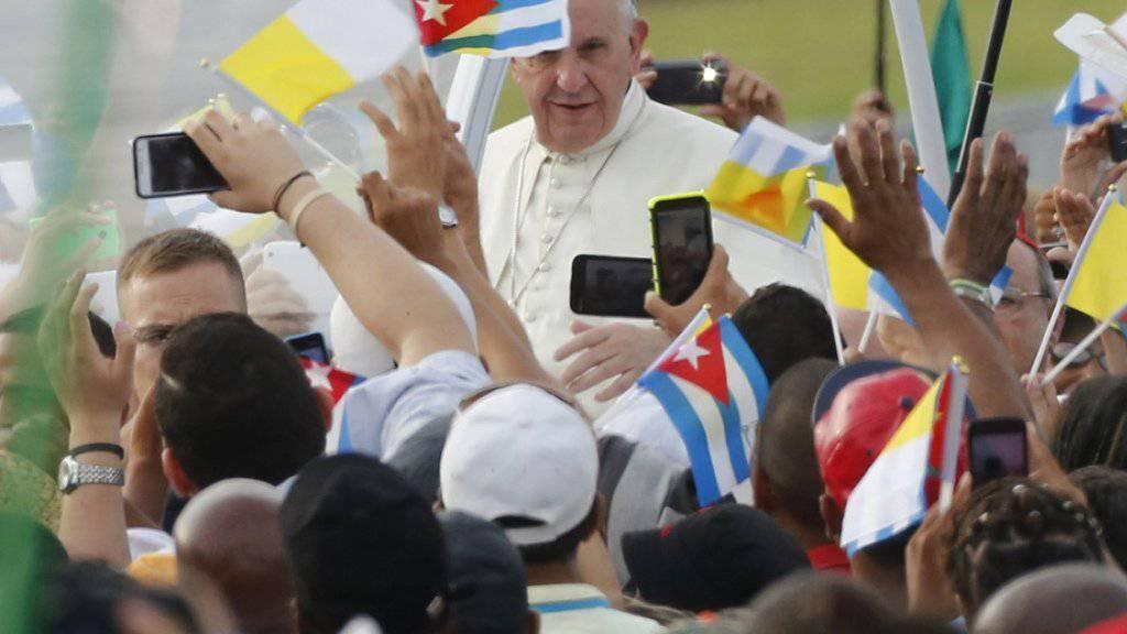Der Papst auf dem Platz der Revolution in Havanna.