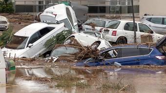 Schwere Unwetter hinterliessen auf Mallorca eine Spur der Verwüstung - mindestens acht Menschen kamen ums Leben.
