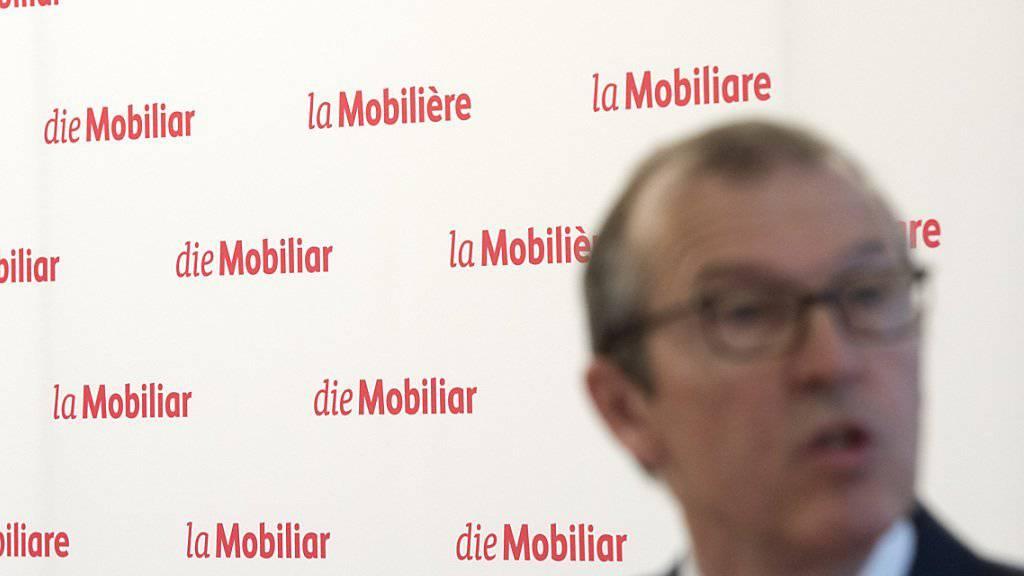 Die Mobiliar hat ein neues Logo: «Die Büroklammer war nicht mehr 2016 tauglich», sagte Konzernchef Markus Hongler vor den Medien in Bern.