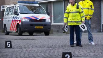 Die Polizei sichert in Amsterdam den Tatort