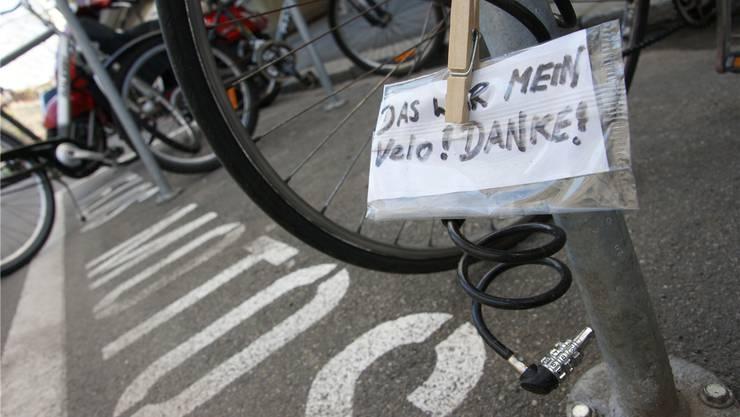 Seit Anfang 2017 meldeten in Rheinfelden schon 240 Personen ihr Velo als gestohlen. Bild: bz/Archiv