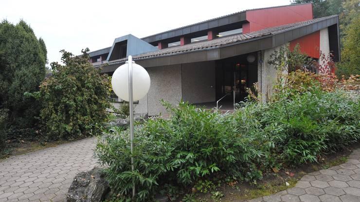 In die Jahre gekommen: Der Gemeinderat erachtet die Sanierung der Dorfhalle Jurablick als notwendig.