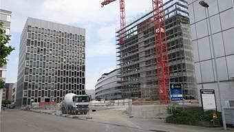 Das zweite Hochhaus auf dem Bio-Technopark wächst derzeit in die Höhe. Bis in zehn Jahren soll sich die Nutzfläche auf rund 90000 Quadratmeter verdoppeln. FDU