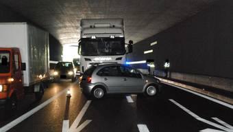 Das Auto musste nach der Kollison abgeschleppt werden.