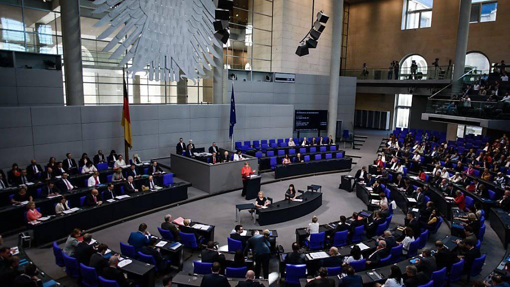 Deutsche Parlamentarier sind laut einem Zeitungsbericht im Visier von chinesischen Geheimagenten. (Symbolbild)
