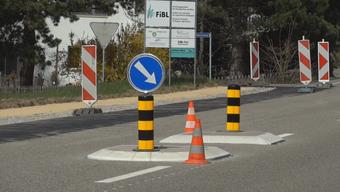 Vom Bau einer Verkehrsinsel an der Kaistenbergstrasse