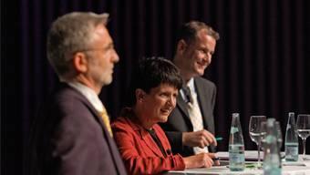Lukas Voegele (CVP), Daniela Berger (SP) und Stephan Attiger (FDP) beim Stadtammannwahl-Podium im 2005. Archiv/AsP