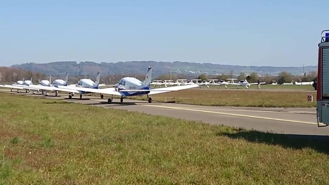 Flugplatz Birrfeld Formation 4. April 2020 Leservideo