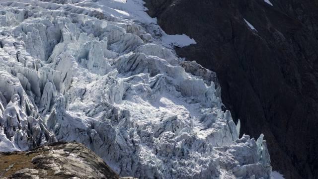 Abbruch eines Gletschers (Symbolbild)