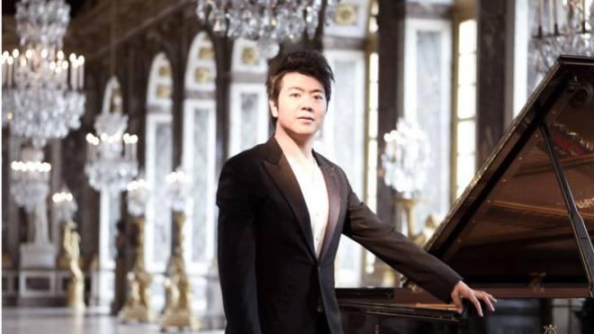 Der Pianist während der Aufnahmen zur DVD «Lang Lang in Versailles» im Spiegelsaal. Foto: Sony Music