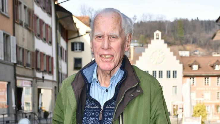 Der 96-jährige Werner Neuhaus war der erste Präsident des Vereins, der älteren Menschen bezahlbaren Wohnraum zur Verfügung stellen will.