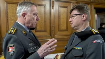 Dicke Luft an der Armeespitze: André Blattmann und Luftwaffenchef Aldo Schellenberg.