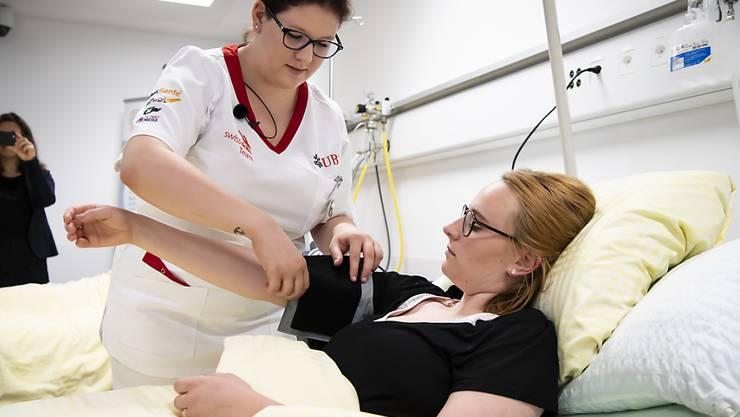 Besonders Berufstätige in der Gesundheitsbranche sind am Schweizer Arbeitsmarkt sehr gefragt. (Symbolbild)