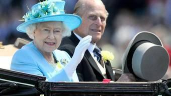 Ist auch eine Gärtnerin: Queen Elizabeth II (Archiv)
