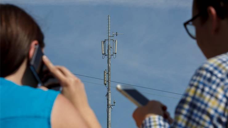 Die Gemeindeversammlung lehnte den Standort der Handy-Antenne ab. (Symbolbild).