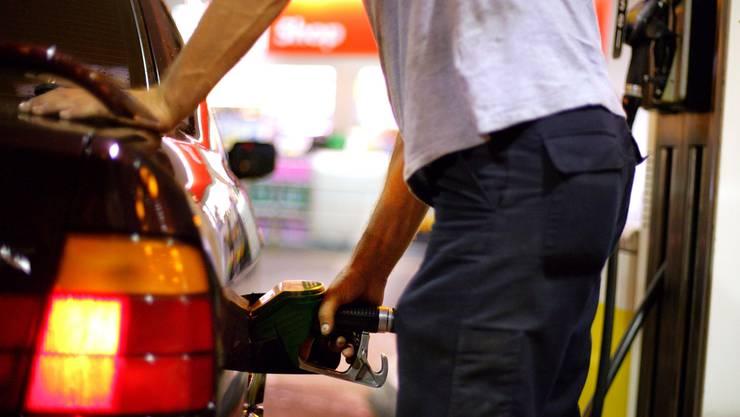 Nach dem Tanken noch durch die Waschstrasse und Zigaretten kaufen – dann hat man dreifach profitiert.
