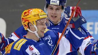 ZSC-Topskorer Robert Nilsson (links) erzielte in der 29. Minute seinen achten Saisontreffer