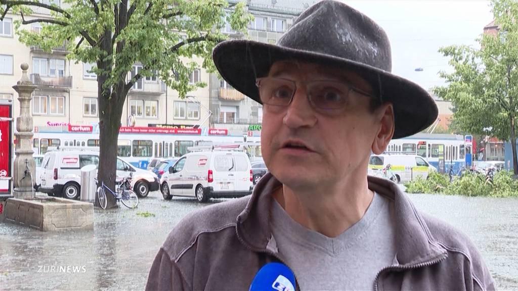 Zürich Altstetten: Sturmtief Bernd verwandelt Hauptstrasse innert Sekunden in Fluss