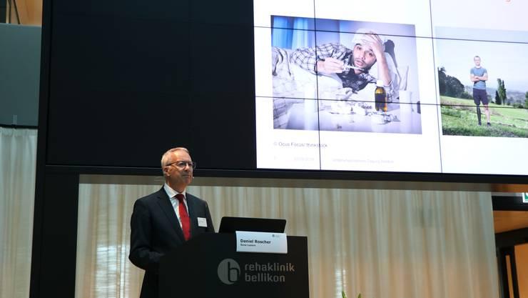 Daniel Roscher, Mitglied der Geschäftsleitung der Suva, zeigt den versicherungstechnischen Unterschied zwischen Krankheit und Unfall auf.