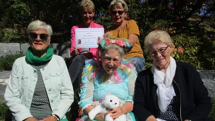 Von links: Regula Lüthi, Sonja Leuenberger, Masacha, Bernadette Willemin und Therese Mathys.