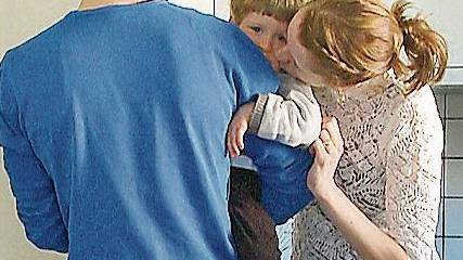 Hat seine Rolle zu Hause gefunden: Martin mit Partnerin Kathrin aus dem Film.