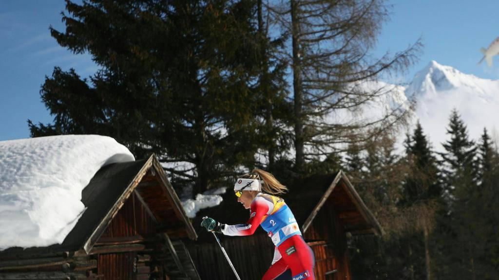 Allein auf weiter Flur: Therese Johaug liess die Gegnerinnen bereits nach einem Kilometer stehen