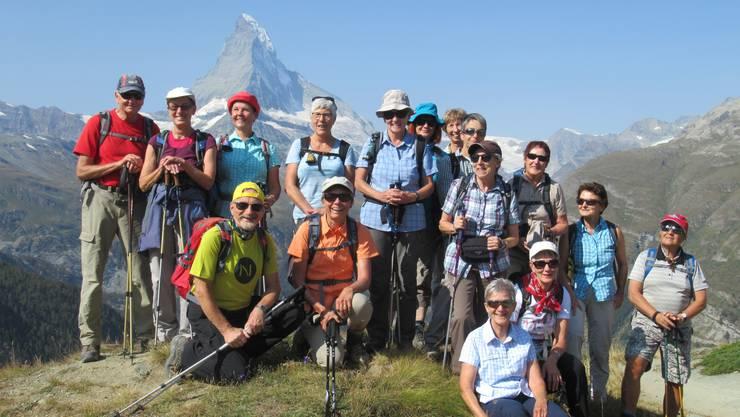 Gruppenfoto beim Aufstieg auf die Fluhalp
