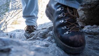 Am Wochenende sind zwei Personen bei Unfällen in den Bergen verstorben.  (Symbolbild)