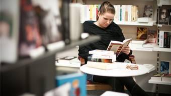 az-Reporterin Noëlle König liess sich in der Buchhandlung einschliessen.