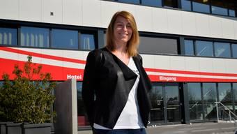 Messeleiterin Daniela Keller vor dem Velodrome.