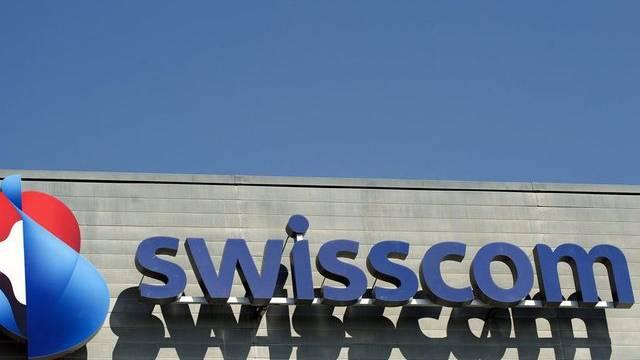 Soll bald auch im Ausland zu sehen sein: Das Swisscom-Logo in Worblaufen BE