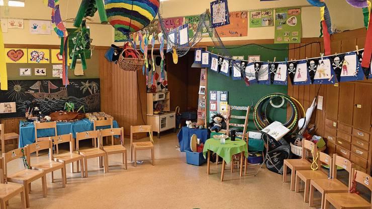 Noch bis am Freitag fliegen Heissluftballons durch den Kindergarten Haggenacker - dann schliesst er für immer.