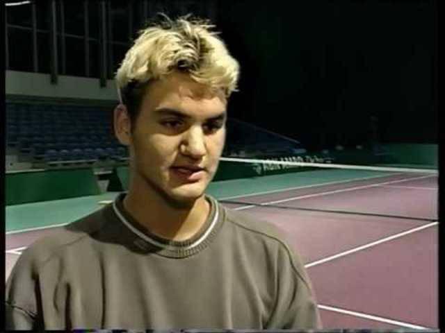 «Ich lese keine Bücher»: Im Video-Interview aus dem Jahr 1999 spricht mit der 17-jährige Federer in Rotterdam über Lieblingsfilme und seine Tennisträume.