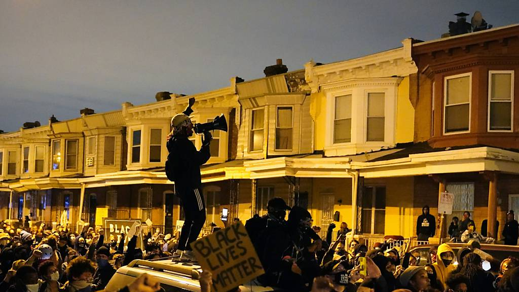 Weitere Ausschreitungen nach Tod eines Schwarzen in Philadelphia