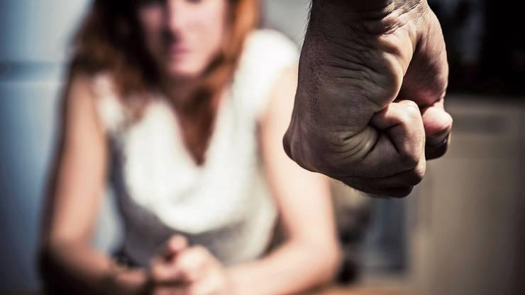 Häusliche Gewalt: In jedem zweiten Fall ist Alkohol im Spiel.