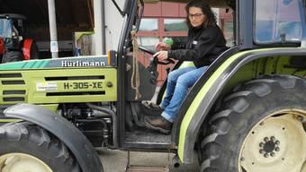 Die Frauen am Steuer eines Traktors